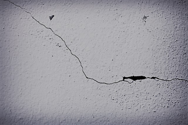 Cause of wall crack